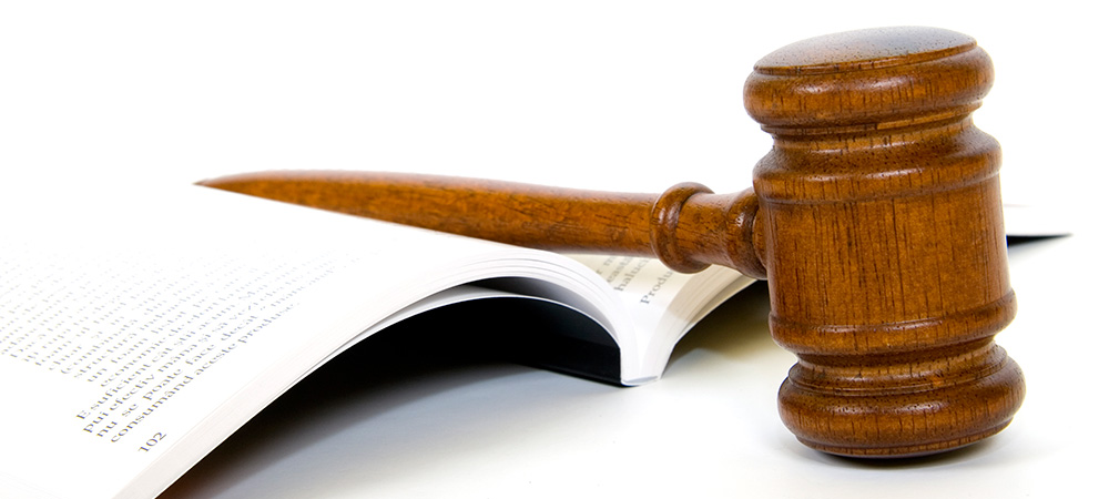 photo of a judge's gavel, symbolizing the process of establishing other cases of refusal to give those wishing to immigrate to Canada that have been refused with legal options to proceed to more options